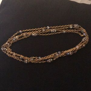 Jewelry - Beautiful long gold and crystals necklace 🌸🌸🌸